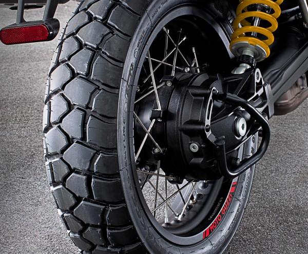 Cardan protection bar, black V85 TT original Moto Guzzi
