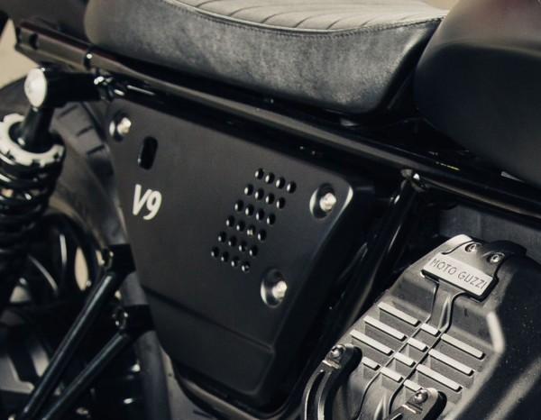 Aluminum side cover set black Moto Guzzi V7 III / V9 Bobber